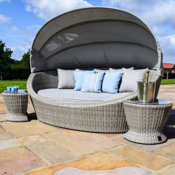 Maze Rattan - Oxford Daybed (with side tables)